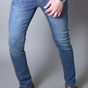 IZOD Slim Straight Jeans